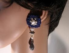 """Boucles d'oreille collection """"Fleurs"""" à puces et pendentif avec perles en verre, nacrées et breloques en métal argenté - Kazamarie Créations"""